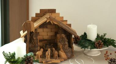カトリックのクリスマスの飾りと言えば「クリブ」(キリスト生誕のシーンの置物)